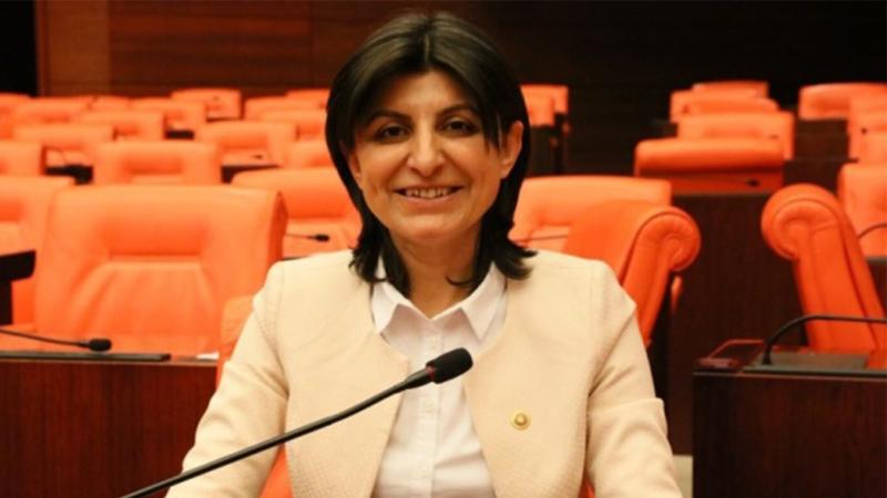 CHP'li Özdemir: Vakıf üniversiteleri konusunda Meclis devreye girmeli