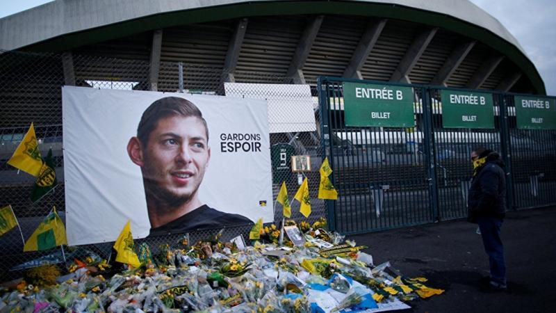 Uçak enkazındaki ceset Emiliano Salaa ait