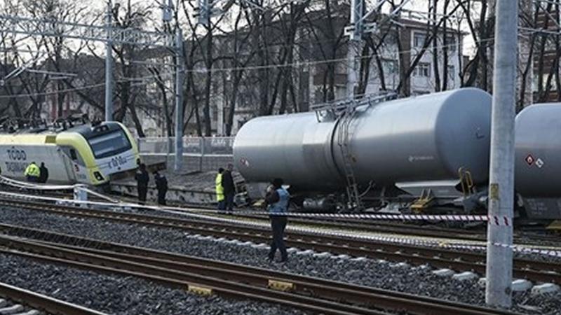 Ankarada akaryakıt yüklü tren raydan çıktı
